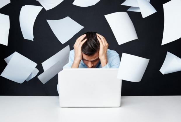 sobrecarga-de-e-mails- produividade-dinheiro
